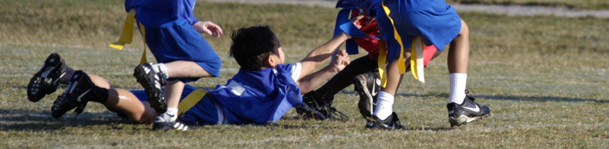 kids playing flag football