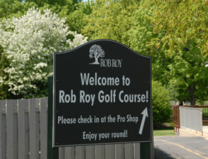 rob roy golf course welcome sign